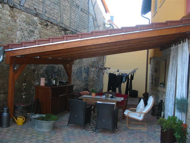 Hofüberdachung mit Dachziegeleindeckung (Klein)
