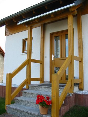 Vordach mit Treppengeländer (Klein)