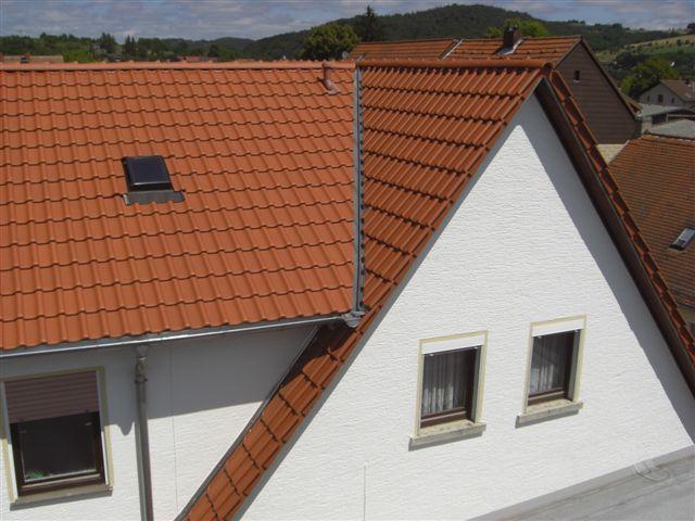 Wohnhaus mit Dachziegeleindeckung (Klein)